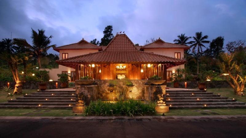 Ciri Arsitektur Tradisional Indonesia